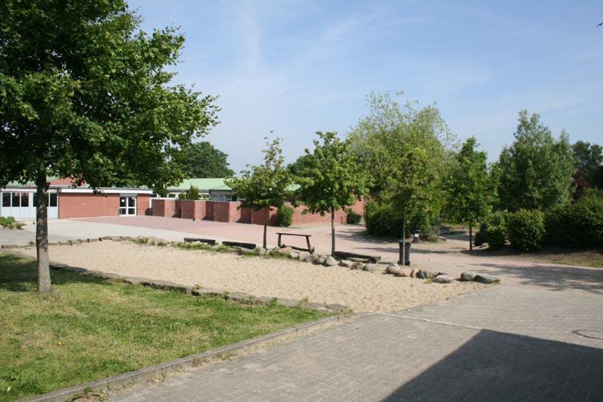 Gebäude B - Pausenhof B
