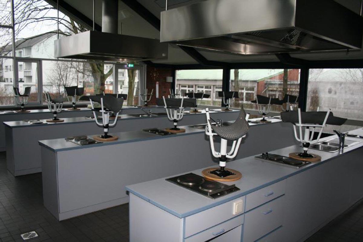 Küche I - Gebäude B - Einzelarbeitsplätze