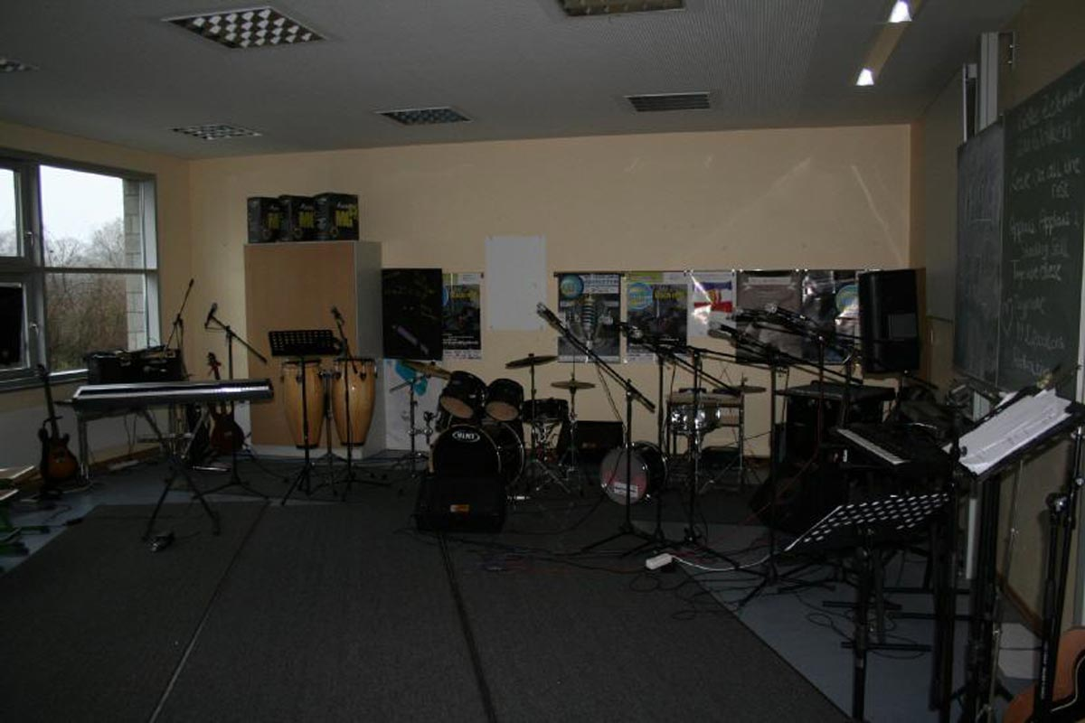 Musik II - Gebäude C - Schulbandprobenraum