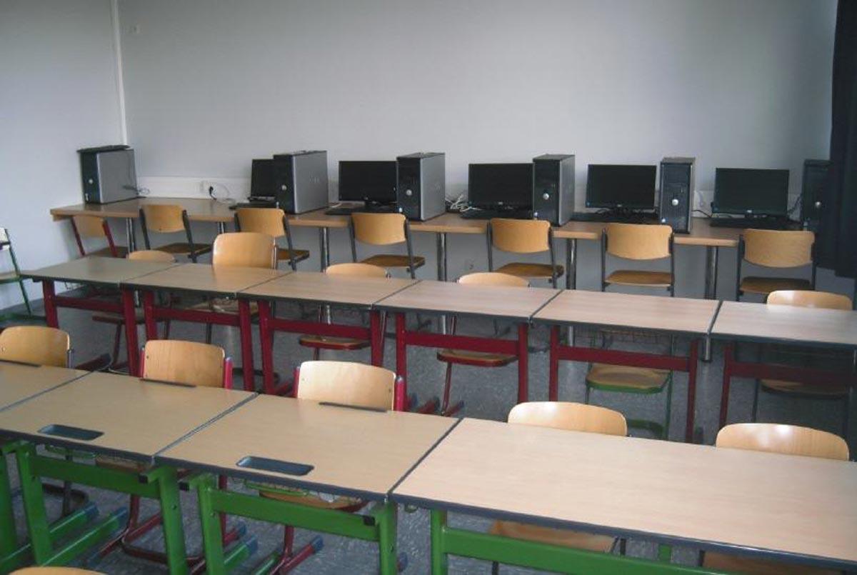 Mediaraum (Internet, Computer AG-s, Hausaufgaben)